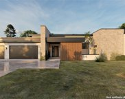 1310 Silent Hollow, San Antonio image
