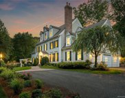 31 Clapboard Hill  Road, New Canaan image