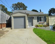 140 Gordon Way, Pacifica image