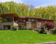 77 Holly Place, Briarcliff Manor image