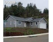 800 FOREST HEIGHTS  ST, Sutherlin image