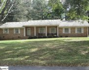 105 Woodland Way, Laurens image