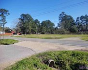22741 Hooper Rd, Central image