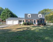 3100 Middlebrook Drive, Clemmons image