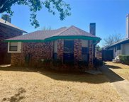 738 Red Oak Drive, Lewisville image