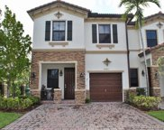 8985 Nw 98th Ave Unit #8985, Doral image