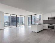 88 Sw 7th St Unit #2101, Miami image