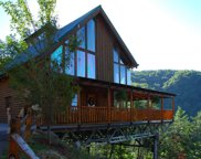 3531 Carsons Ridge Way, Sevierville image