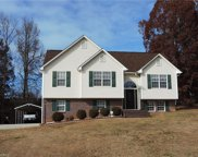 556 Twin Valley Drive, Clemmons image