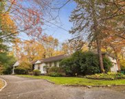 10 Howard  Drive, Muttontown image