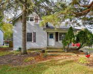 4212 Earlston Road, Downers Grove image