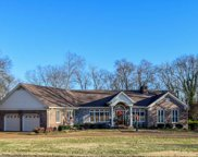 601 Bay Point Dr, Gallatin image