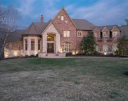 2466 Oak Springs, Town and Country image