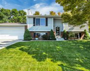 10197 S Countrywood Dr, Sandy image