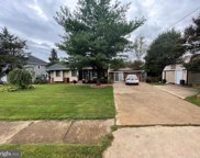 10825 Woodhaven Dr, Fairfax image