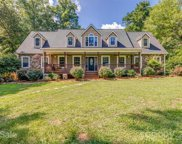 330 Timber Wolf  Trail, Fort Mill image