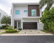 6850 Nw 106th Ave, Doral image