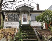 758 N 72nd St, Seattle image