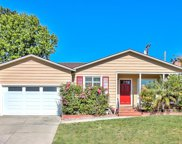2330 Roosevelt Ave, Redwood City image