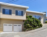 47 Robinson Dr, Daly City image