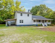 3150 Crows Nest  Drive, Fayetteville image
