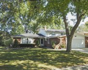 2615 North Stuart Drive, Arlington Heights image
