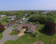 51 The Helm, East Islip image