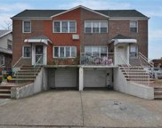 61-18 186  Street, Fresh Meadows image