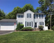 65 Hunters Crossing DR, Coventry, Rhode Island image