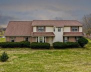 3900 Carriage Hill Dr, Crestwood image