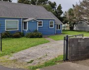 1525 18th St Nw, Lincoln City image