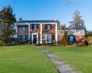 91 Country Club  Drive, Manhasset image