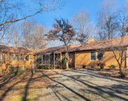 382 Rolling Rd South, Scottsville image