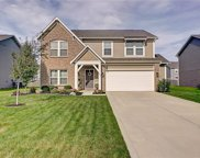 5602 Woodhaven  Drive, Mccordsville image