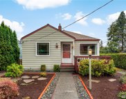 10559 Interlake Ave N, Seattle image