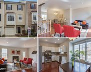 2473 CLOVER FIELD CIRCLE, Herndon image
