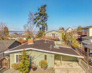 932 4th St, Mukilteo image