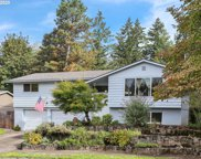 17310 CROWNVIEW  DR, Gladstone image
