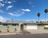5648 W Onyx Avenue, Glendale image