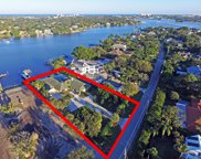18896 Point Drive, Tequesta image