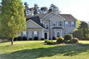 2198 Glen Cove Way, High Point image