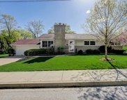 807 Prairie Avenue, Glen Ellyn image