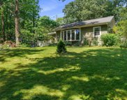 19 Kettle Knoll  Path, Miller Place image