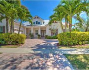 607 Manns Harbor Drive, Apollo Beach image