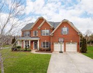 2111  Willowcrest Drive, Waxhaw image