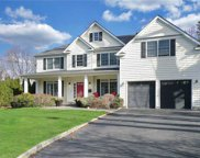 22 Sycamore  Drive, Roslyn image