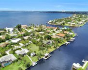 931 Dolphin Dr, Cape Coral image