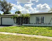 721 Nw 89th Ter, Pembroke Pines image