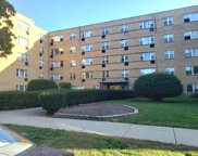 2115 W Farwell Avenue Unit #105, Chicago image