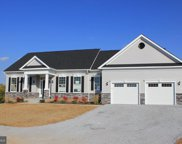 135 Chesterfield Dr, Falling Waters image